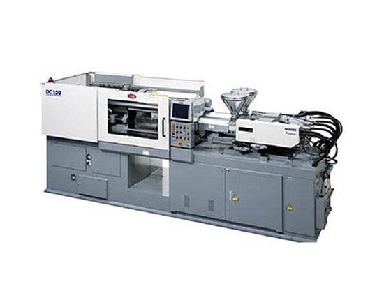 太盛工業の生産設備 二色成形機