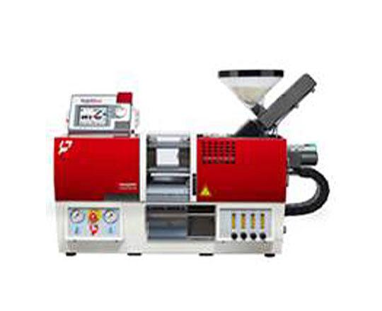 太盛工業の生産設備 超小型成形機